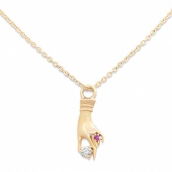 Gold hand shape Diamond 0.035 and 0.008 Sapphire